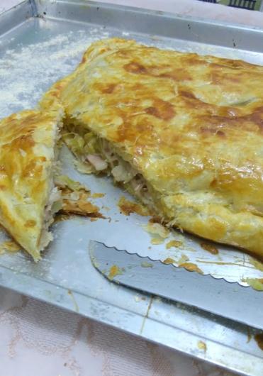 torta de frango e alho-poró