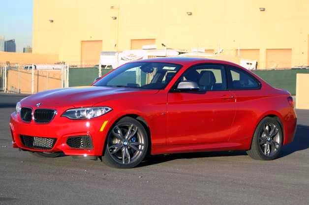 BMW M235i merah