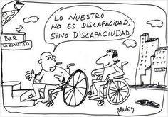 Dos personas usuarias de silla de ruedas se encuentran ante una escalera. Una de ellas le dice al otro: lo nuestro no es discapacidad sino discapaciudad.