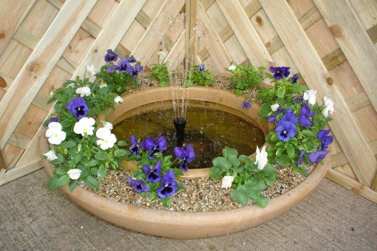 Mini pond for balcony 24 suggestions for design diy for Mini garden pond