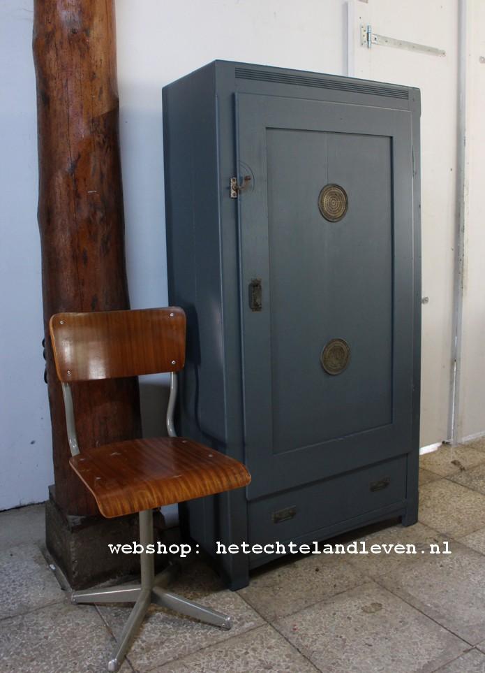 Brocante landelijke vintage en industriele oude kasten - Kast uur pm ...