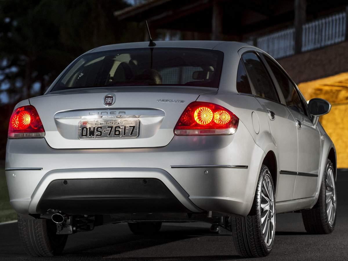 Novo Fiat Linea 2015 Absolute