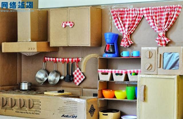 Handmade cardboard version kitchenettes