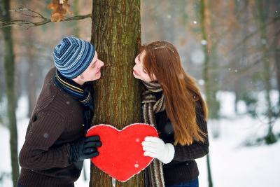 ما شكل الحب الذي يريده ادم من حواء  - christmas love