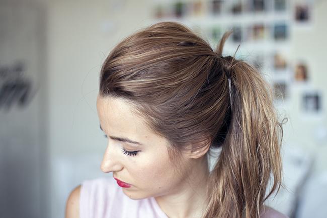 5 ideas fáciles para hacer coletas con volumen YouTube - Peinados Coleta Con Volumen