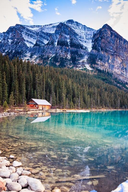 حقائق مذهلة: 11 صورة من أجمل البحيرات في العالم !
