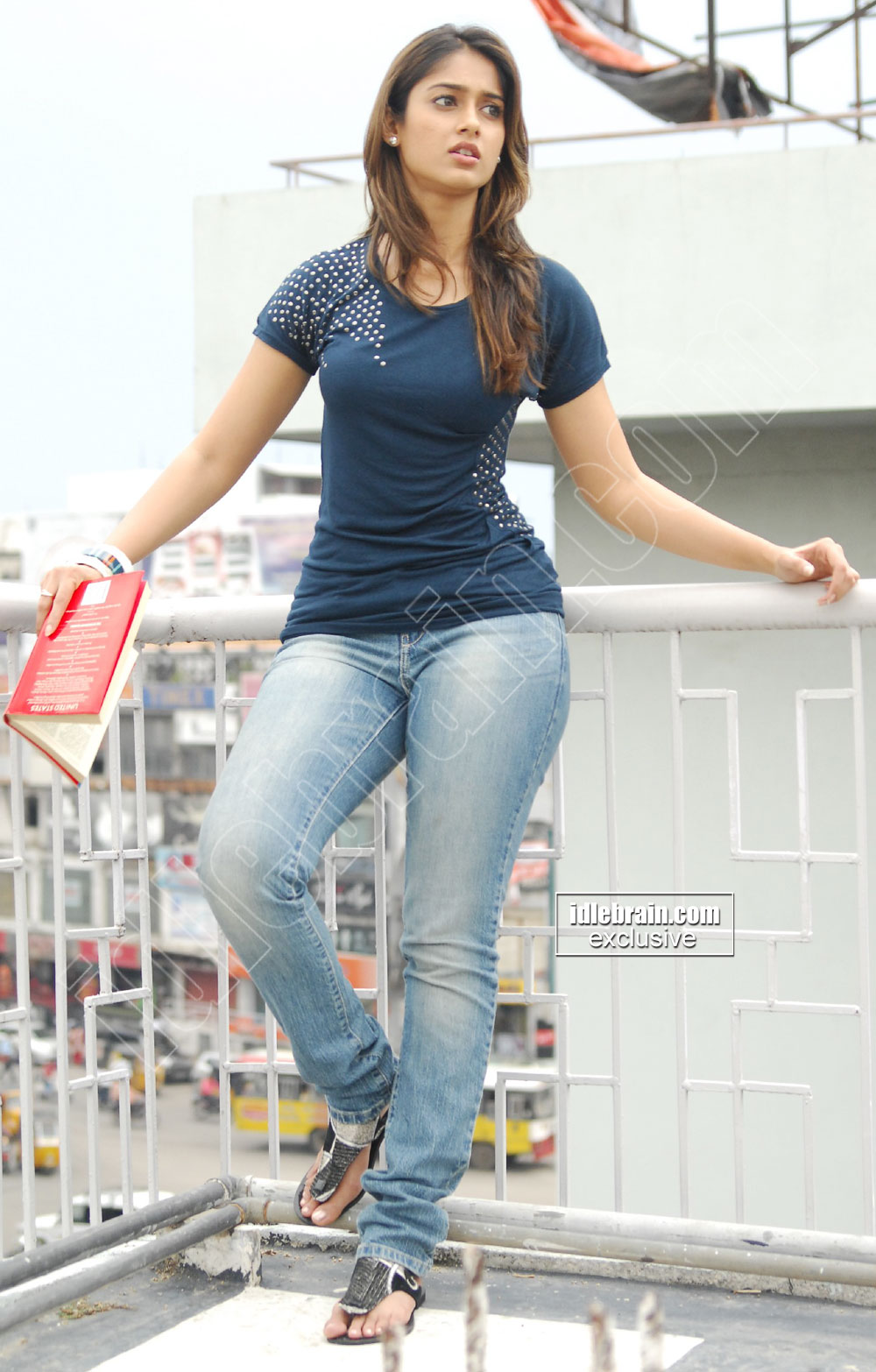 Illeana in blue jean -  Illeana in Jeans - Hot Pics