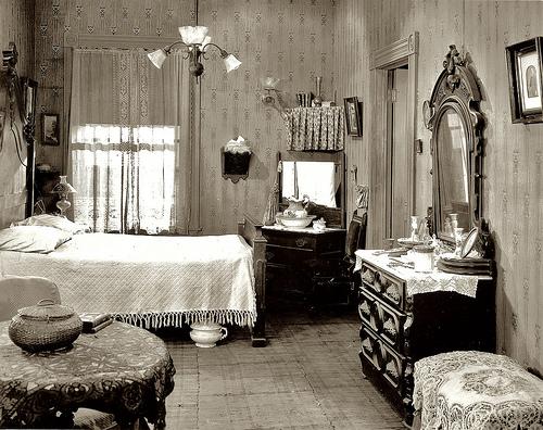 Bedroom Decorating IdeasBedroom Interior Inspiring by Vintage