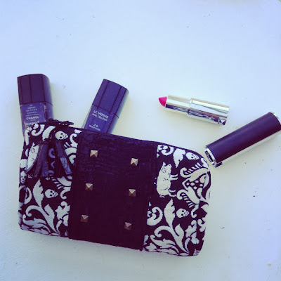 pochette rock and roll le rouge givenchy vernis noirs chanel