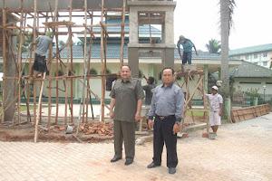 د. الدكتور رشيد الطوخي يتفقد مسجد جامعة المحمدية بجاكرتا