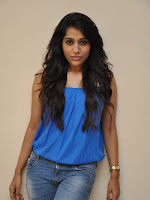 Rashmi Gautam photos at Guntur Talkies launch-cover-photo