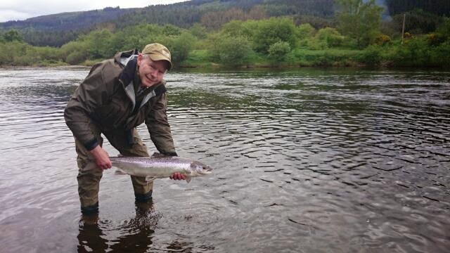 Salmon fishing scotland salmon fishing scotland tay for Matthews fishing report