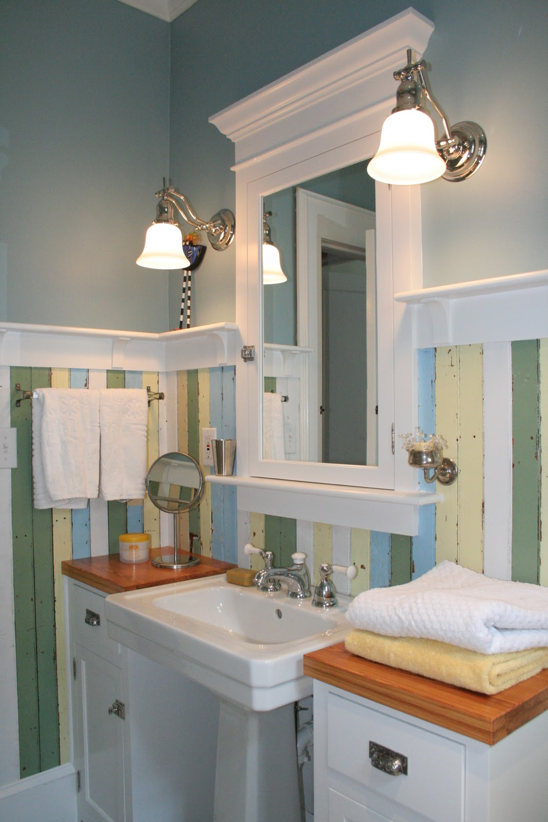 Fun house redo of my 1920 39 s bathroom for Bathroom ideas 1920 s