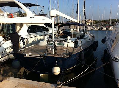 Mats och Louise Warnqvist segelbåt Mon Ami en Beneteau 57 som seglar i Medelhavet.
