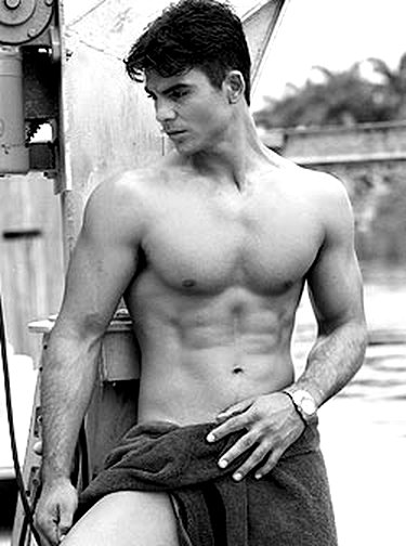 joven cubano gay: