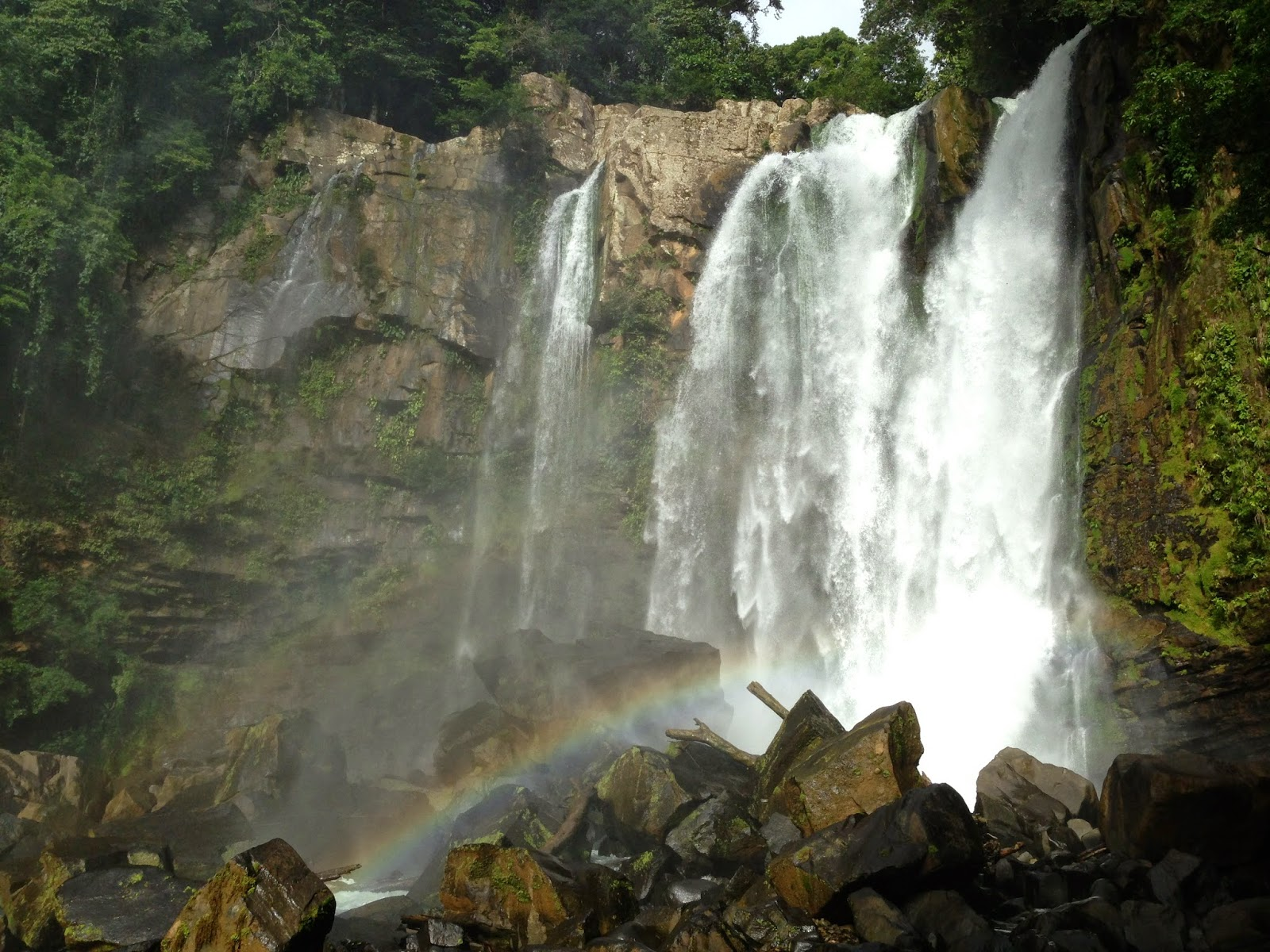 Chasing Waterfalls in Costa Rica - The Haute Voyage