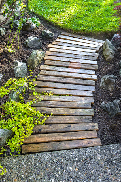 pallet pathway in garden via Funky Junk Interiors
