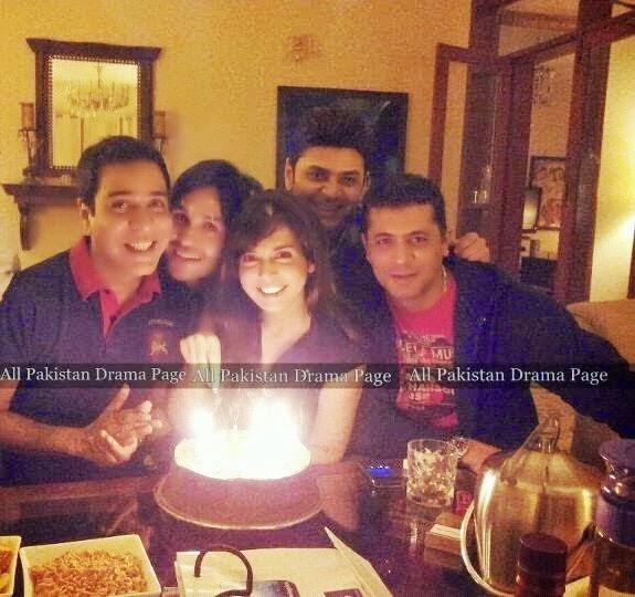 Pakistani Actress Mahnoor Baloch Daughter Pics