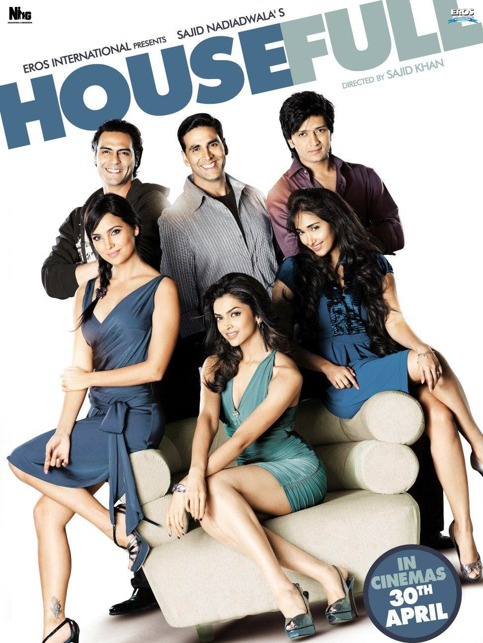 Poster Of Bollywood Movie Housefull (2010) 300MB Compressed Small Size Pc Movie Free Download worldfree4u.com