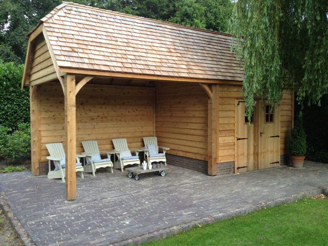 Tuinhuisjes en prieeltjes tuinhuis met groot lounge gedeelte onder een veranda - Lounge stijl ...