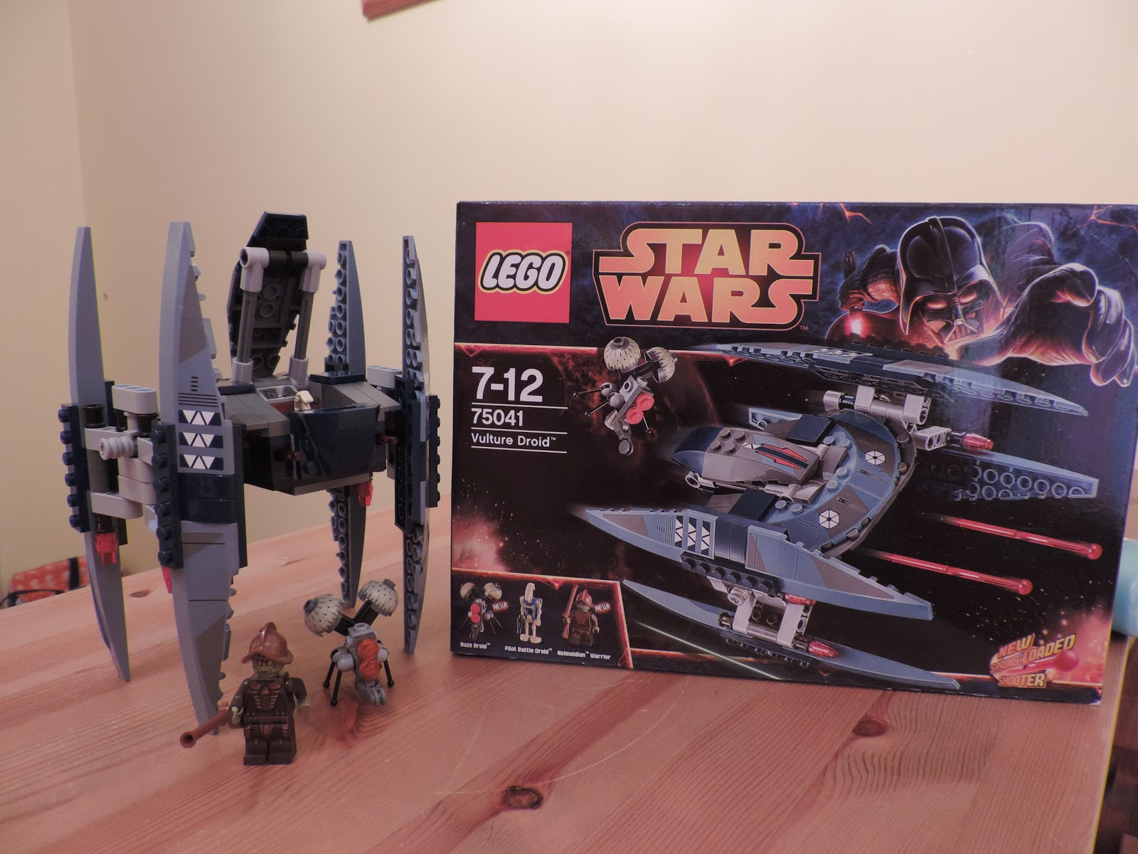 lego star wars set with 3 minifigures neimoidian warrior battle droid