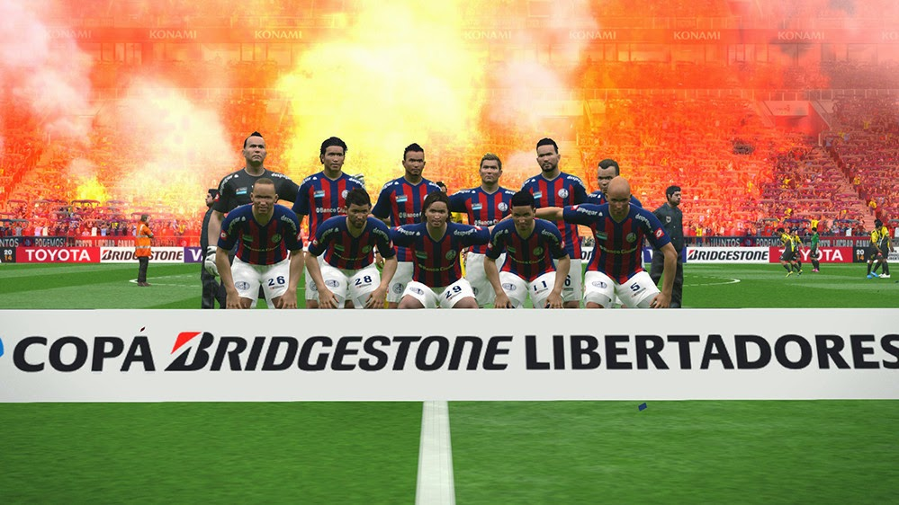 PES 2015 Colored Flares Mod 0.1 by Pyro