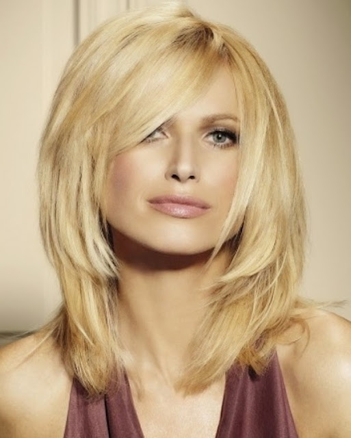 Short Layered Hairstyles For Voluminous Hairstyle