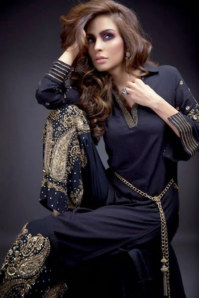 Momina Teli Introduced Stylish Formal Suits for Girls