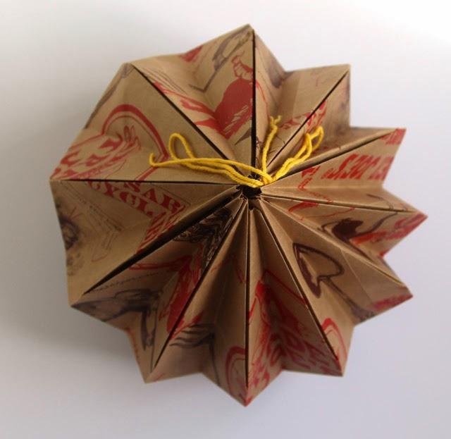 Luminária-com-cúpula-de-origami