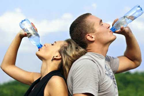Cara Diet Murah Dengan Minum Air Putih