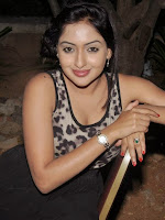 Anjana Deshpande latest glam pics-cover-photo