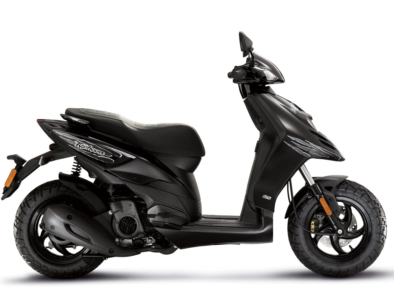 2013 insurance information piaggio typhoon 125 scooter pictures. Black Bedroom Furniture Sets. Home Design Ideas