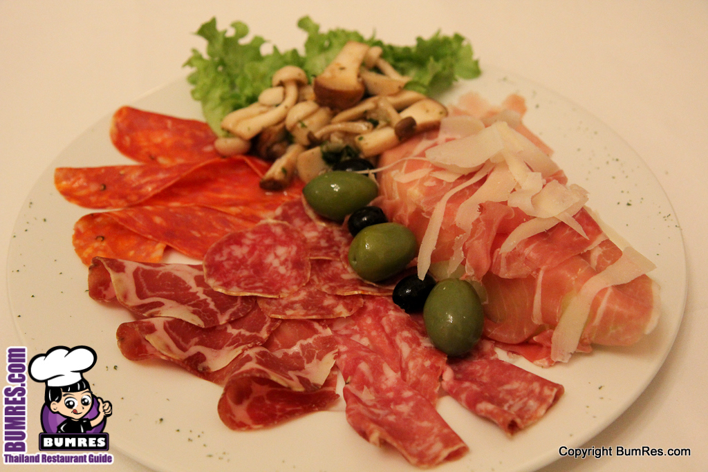 Restaurant review bangkok mostly all around the for Antonios italian cuisine