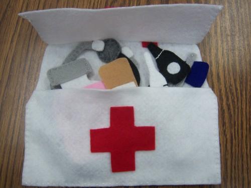 En fieltro un regalo para un futuro m dico somosdeco - Regalos para enfermeras ...
