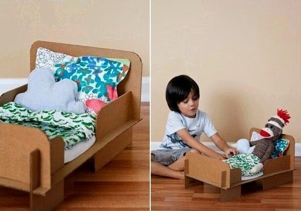 Cama para Muñecas con Carton Reciclado