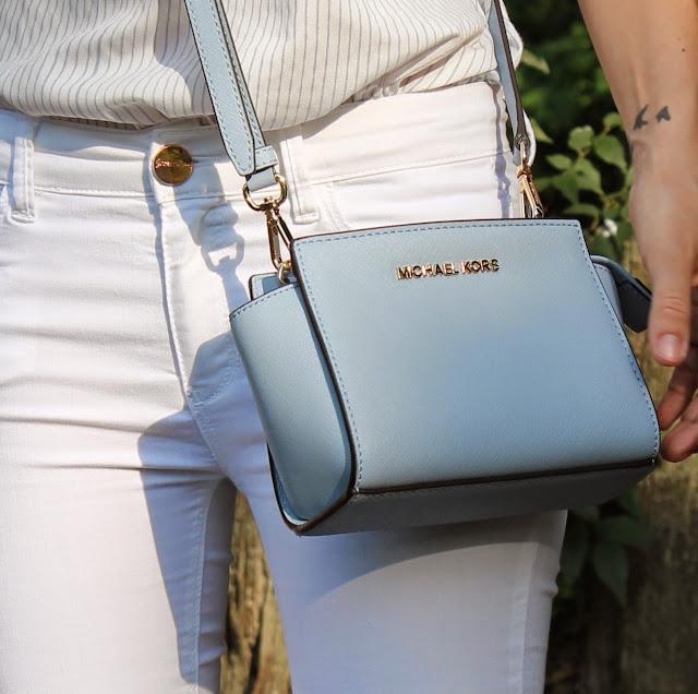 Pale blue Selma