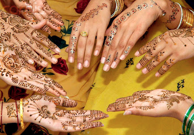 New Mehndi Designs For Janmashtami & Eid !