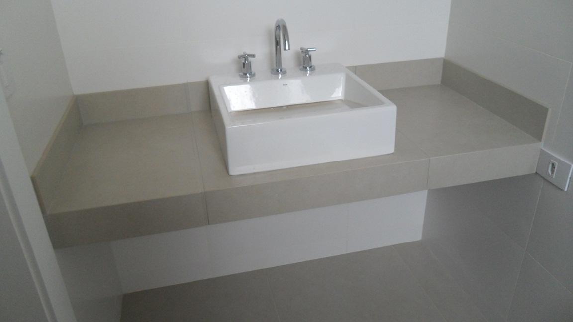 Bel Taglio , cortes especiais em porcelanato Banheiro com nichos moldura sa -> Nicho Banheiro Porcelanato