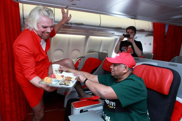 Do flight attendants hook up