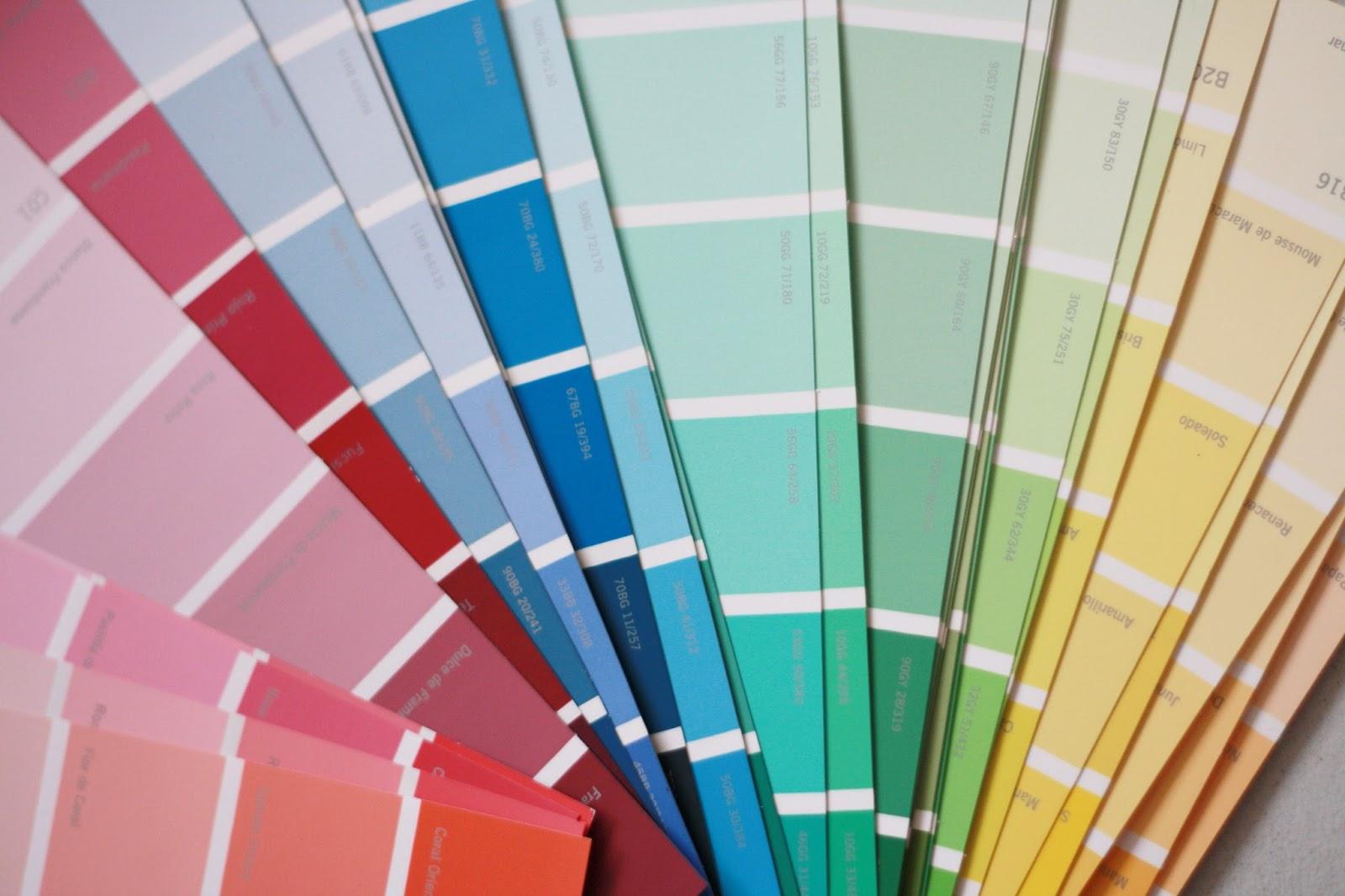 Cantando victoria cuadro con muestras de pintura versi n for Muestras de colores de pintura