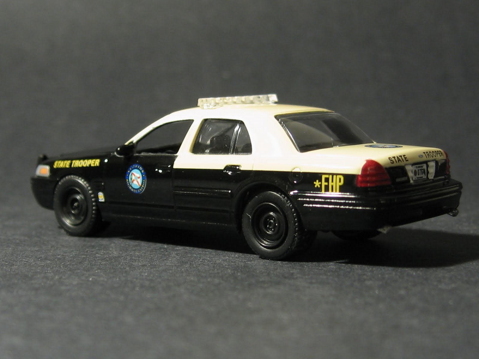 minicars 2008 ford police interceptor. Black Bedroom Furniture Sets. Home Design Ideas