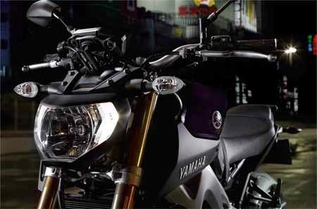 koleksi gambar motor Yamaha
