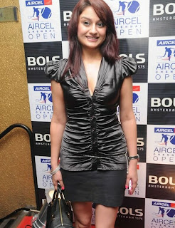 WWW..BLOGSPOT Actress Sonia Agarwal at Aircel Chennai Open Bols Party Event Picture Stills Gallery 0005