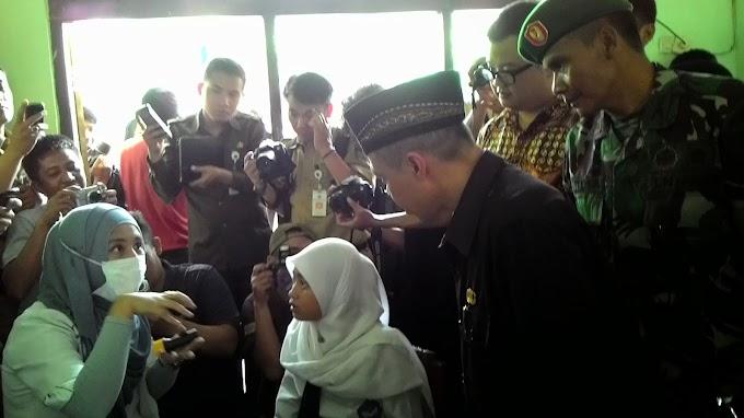 Ribuan Siswa SD Ikut Pemeriksaan dan Penambalan Gigi Gratis