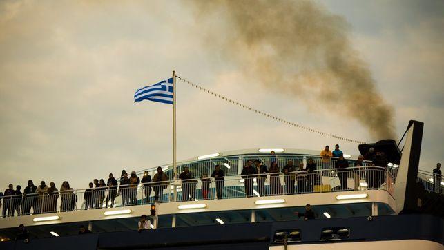 17 desaparecidos en el naufragio de una embarcación con migrantes que se dirigía a Grecia