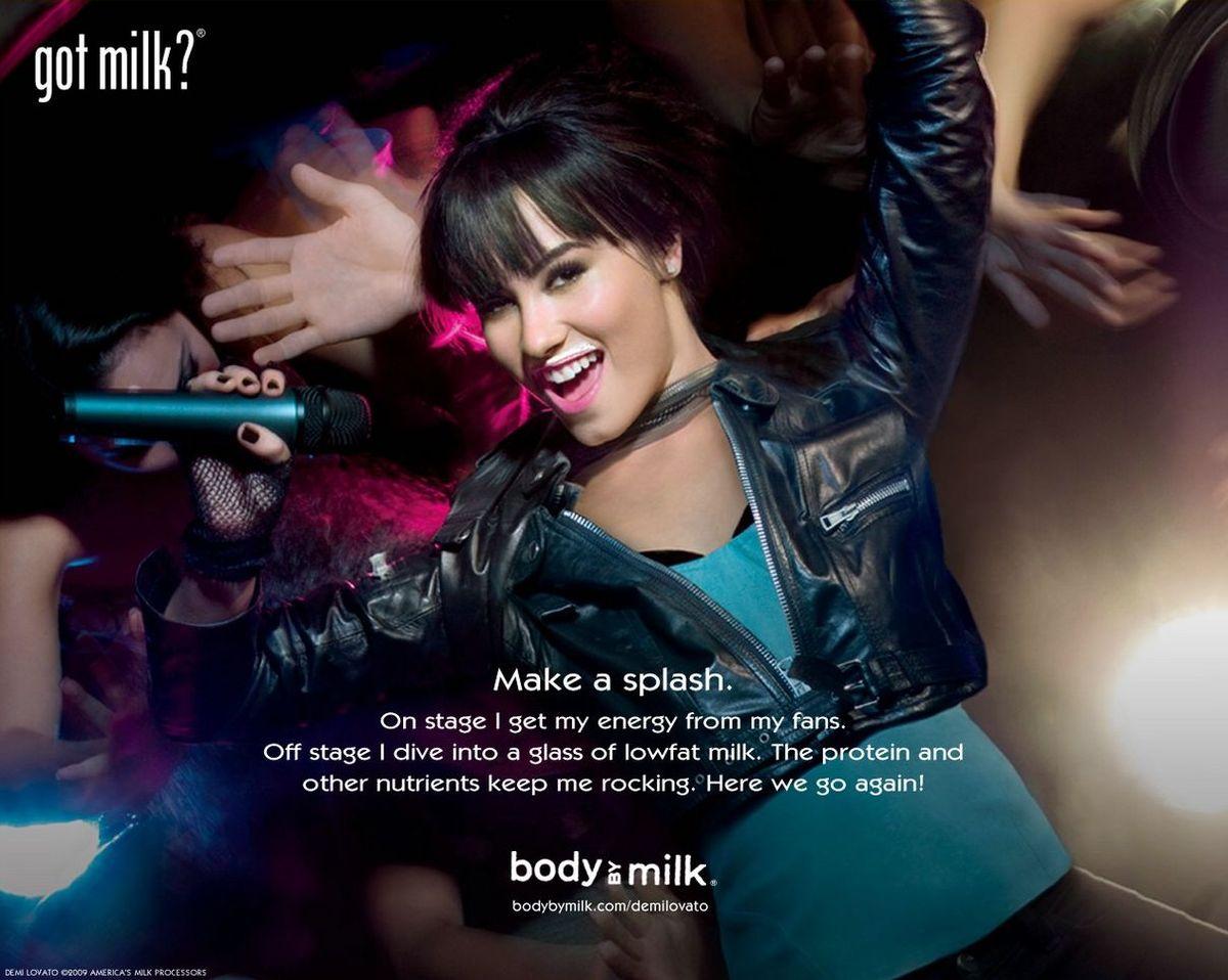 http://3.bp.blogspot.com/-pHwToT986R4/Th57eucRWAI/AAAAAAAAAGw/Mm9vxU9oIN0/s1600/Demi-Lovato-Got-Milk-007.jpg