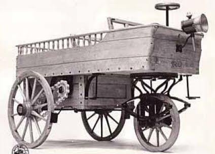 O Hippomobile do belga Lenoir rodou em 1863