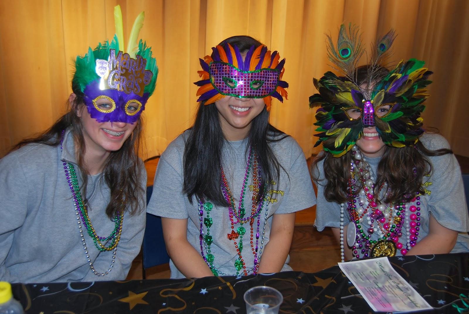 Montgomery Catholic Juniors Host Annual Mardi Gras Prayer Breakfast 3
