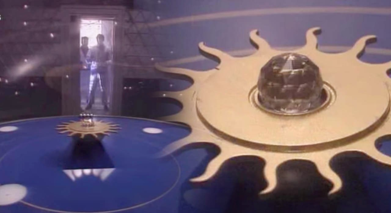 The Crystal Maze 90's British Gameshow with Intelligently Designe Puzzles and Challenges