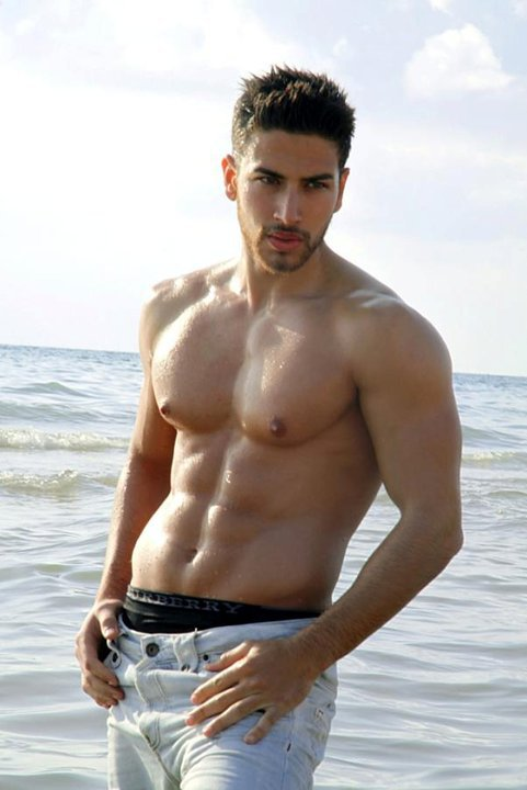 2012 | MISTER INTERNATIONAL | ALI HAMMOUD Ali%2Bhamood%2Bleb1